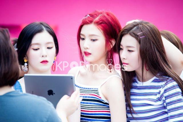 Red Velvet,Half shot,Irene,Joy,Seulgi