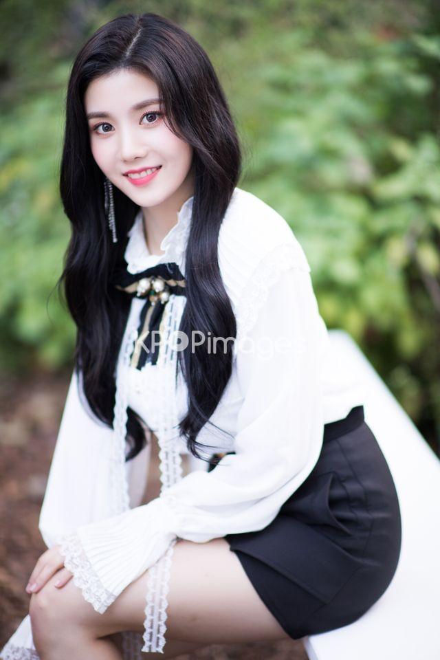 Half shot,IZ*ONE,Eunbi