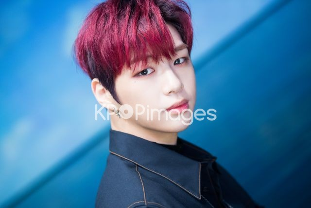 Wanna One,Kang Daniel,Half shot