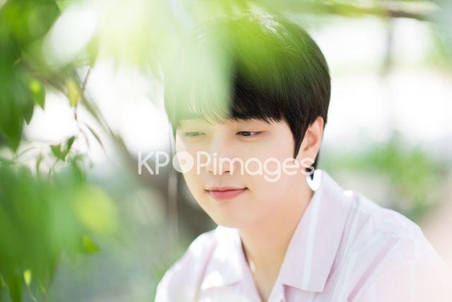 B1A4,Sandeul,Close up
