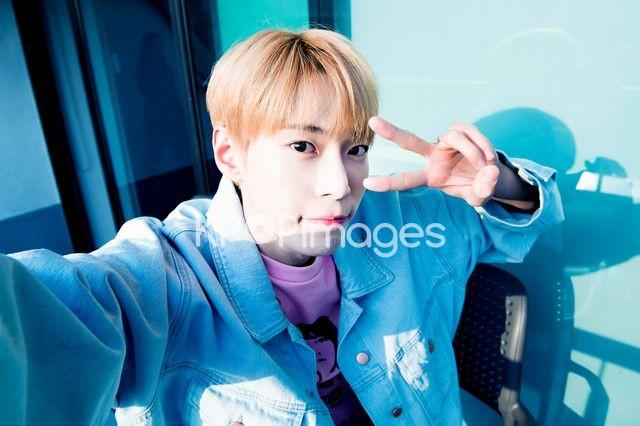 NCT 127,Doyoung,Half shot
